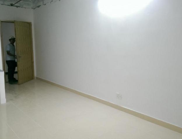 Chính chủ bán gấp căn hộ chung cư Đầm Sen 45m2, giá 1 tỷ, nhà có ban công rộng. LH 0986 092 767 1590640