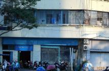 Chung cư mặt tiền chính chủ, giá tốt 780 triệu, quận 1, đường Trần Hưng Đạo, cần bán gấp