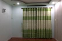 Tôi cần bán gấp căn hộ Thái An 2, mặt tiền Nguyễn Văn Quá. DT 50m2 giá 830 triệu đủ nội thất, sàn lót gỗ
