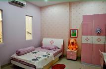 Cần bán căn hộ Central Garden, DT: 76 m2, giá: 2.65 tỷ, 0912.88.99.80