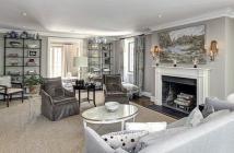Bán gấp căn hộ Scenic Valley Phú Mỹ Hưng, Q 7, full nội thất giá cực rẻ. LH: 0901307532