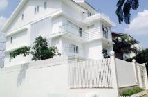 Cho thuê biệt thự Mỹ Giang, nhà mới trang trí lại rất đẹp, 4 phòng ngủ lớn. Giá thuê 25 triệu