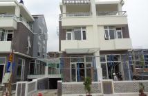 Bán lại căn nhà phố quận 7, DT: 5.4x20m, xây 3,5 tấm, hướng Nam mặt sông SG, rẻ hơn chủ đầu tư 500 triệu