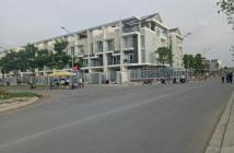 Cần bán Biệt Thự Resort ven sông, đã có sổ 1 trệt 2 lầu nhận nhà ngay