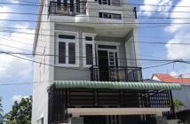 Bán nhà mới xây dựng, nằm ngay ở mặt tiền đường phan văn hớn, tiện kinh doanh, mua bán.