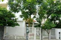 Cần cho thuê gấp biệt thự Mỹ Hào, Phú Mỹ Hưng, quận 7, nhà cực đẹp, giá rẻ, xem là thích. LH: 0917300798