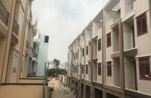 Nhà mới xây ngay ngã ba đông quang cách nguyễn ảnh thủ 100m