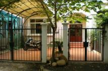 Cho thuê biệt thự Mỹ Thái 1, nhà mới đẹp, tông nhà trắng thoáng mát, cho thuê giá rẻ 29 tr/tháng lh cương 0906.651.377