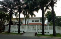 Cần cho thuê gấp biệt thự căn góc tại trung tâm Phú Mỹ Hưng, quận 7. LH: 0917300798 (Ms.Hằng)