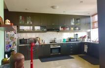 Cần bán gấp căn hộ kv trung tâm q. bình thạnh 3pn/2wc, giá tốt, nội thất đầy đủ lh 0963 219 039