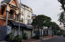 Chủ nhà cần bán gấp Biệt Thự KDC Nam Long, Trần Trọng Cung, Quận 7