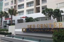 Chính chủ bán gấp Sky Center 74m2 tầng trung, 2 phòng ngủ, giá 3 tỷ bao phí LH: 0902924008
