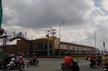 Bán Căn Hộ gốc view Phạm Văn Đồng, Giá thành rẽ hơn nhưng dự án lân cận, 2PN/2WC Tầng Trung call 0906.035.400