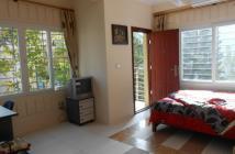 Căn hộ ở liền đường Nguyễn Lương Bằng, Quận 7 giá rẻ, full nội thất của chủ đầu tư.