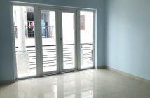 Bán căn hộ 9 đủ nội thất giá 900 triệu lh -0906950003