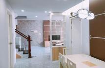 Định cư đi Mỹ cần bán căn hộ chung cư penthouse Sky Garden 3 Phú Mỹ Hưng, Q. 7, 30tr/m2