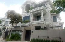 Cho thuê biệt thự đơn lập tại Phú Mỹ Hưng, 5 PN, nhà đẹp, giá tốt. LH: 0915428811 Tâm