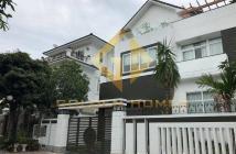 Cần cho thuê gấp biệt thự cao cấp khu Mỹ Thái , Phú Mỹ Hưng q7,nhà đẹp,giá rẻ giá 30tr/th.LH 0916 713 003