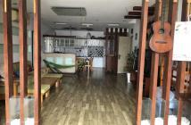 Cần bán CHCC Bình Minh, 3PN, 2WC, 105m2, nhà đẹp, có sổ hồng. Giá 2,7 tỷ. LH: 0906 889 776