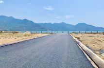Cần để lại lô đất mặt đầm Thủy Triều, view biển bãi dài Cam Lâm-130m2 ngang 10m