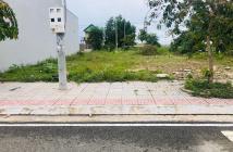 Cần bán gấp lô đất mt ql51 trong khu dân cư .Nằm trong khu dân cư hiện hữu , hà tầng hoàn thiện , đường nhựa 20m.