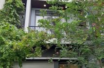 Cần bán gấp trong Tết-104m2-Hẻm 4m CMT8-Quận 10-Nhà mới 3 tầng BTCT kiên cố .